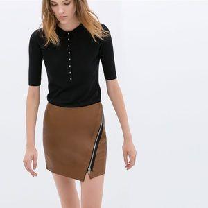 🖤  Zara Faux Leather Skirt